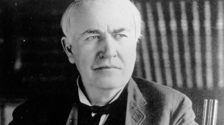 History of modern battery development: Thomas Edison