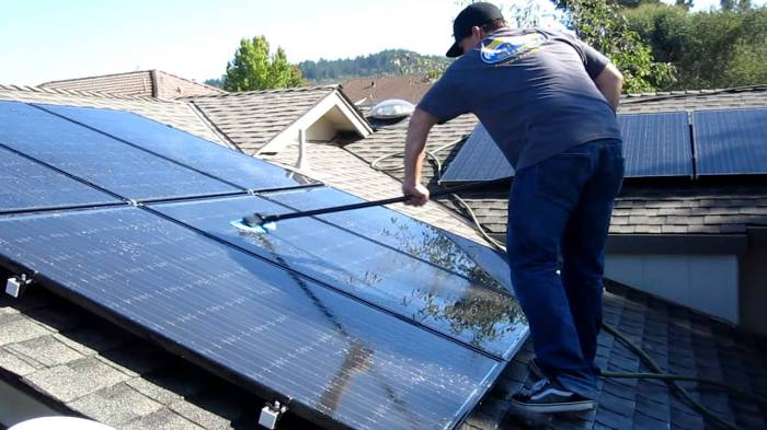 How to Maintain Solar Panels:Hire a professional solar panel cleaner if there are some areas of the panels that you are unable to clean