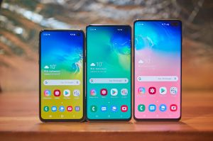 does-the-samsung-s10-s10-plus-s10e-have-a-curved-screen