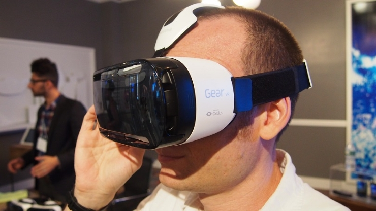 what_phones_work_with_the_samsung_gear_vr