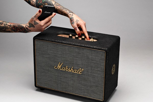 4-coolest-bluetooth-speakers-2017-Marshall-Woburn-the-loudest-Bluetooth-speaker-with-a-retro-look