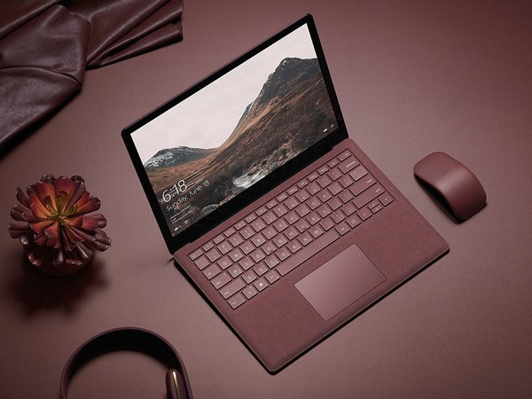How to Clean the Surface Laptop? 4