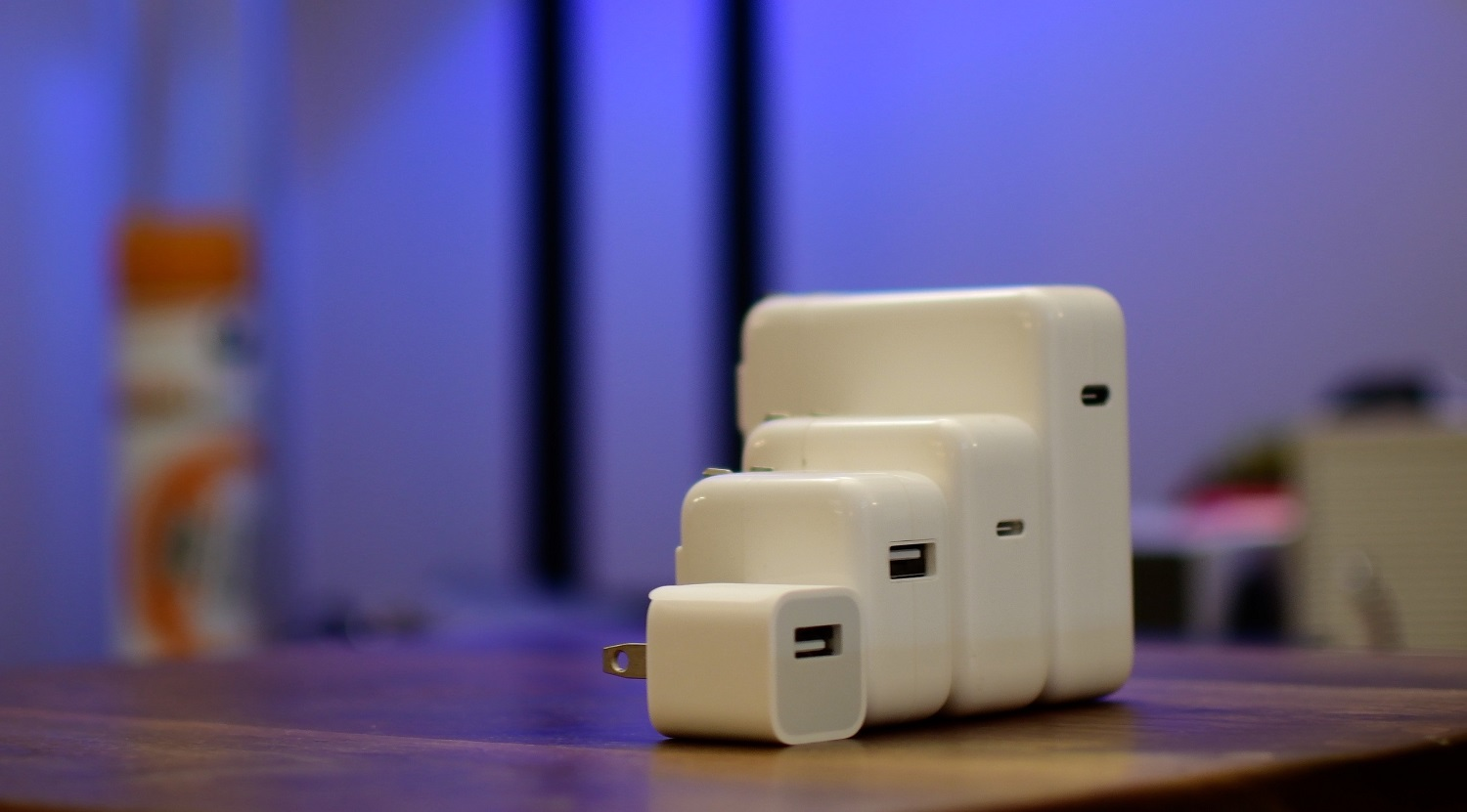 Apple power adapters for iPhone, iPad, Mac