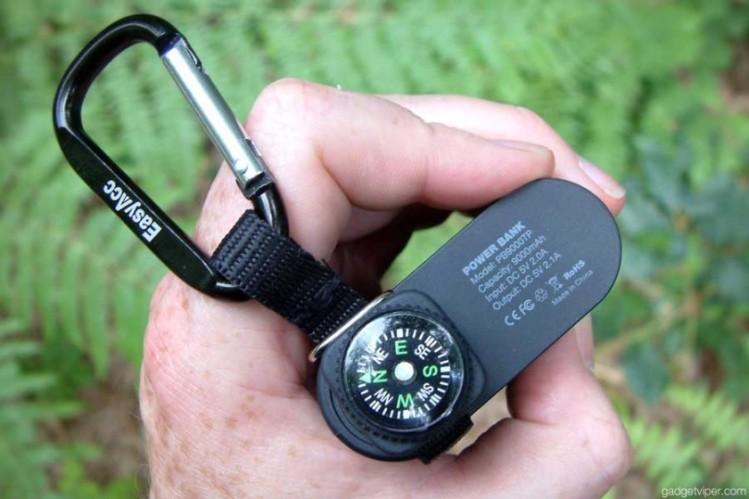 EasyAcc outdoor 9000mAh Power Bank with a compass design