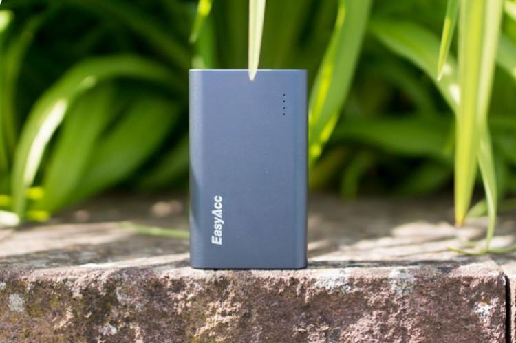 Best power bank 10000mAh: Xiaomi, Samsung, EasyAcc or Anker: Easyacc 10000 mAh Best Power Top Ten Portable Charger 2