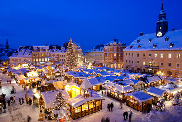 best_places_for_christmas_holiday