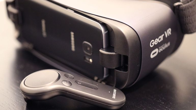 what_is_the_best_phone_for_samsung_gear_vr