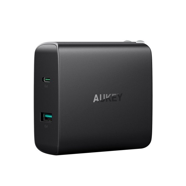 AUKEY-USB-C-Charger-with-56.5W-Wall-Charger