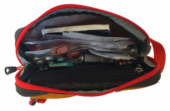 Computer Bag Packaging for Travel: REILittleBag-open-7