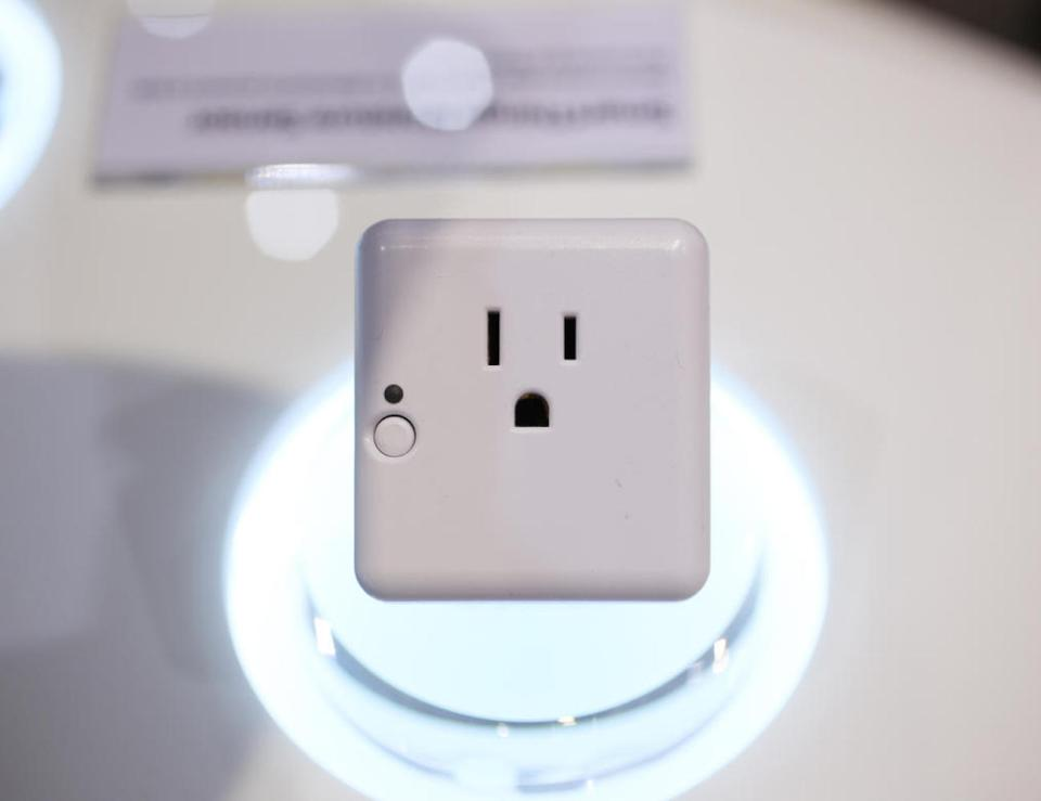 samsung_smartthings_outlet