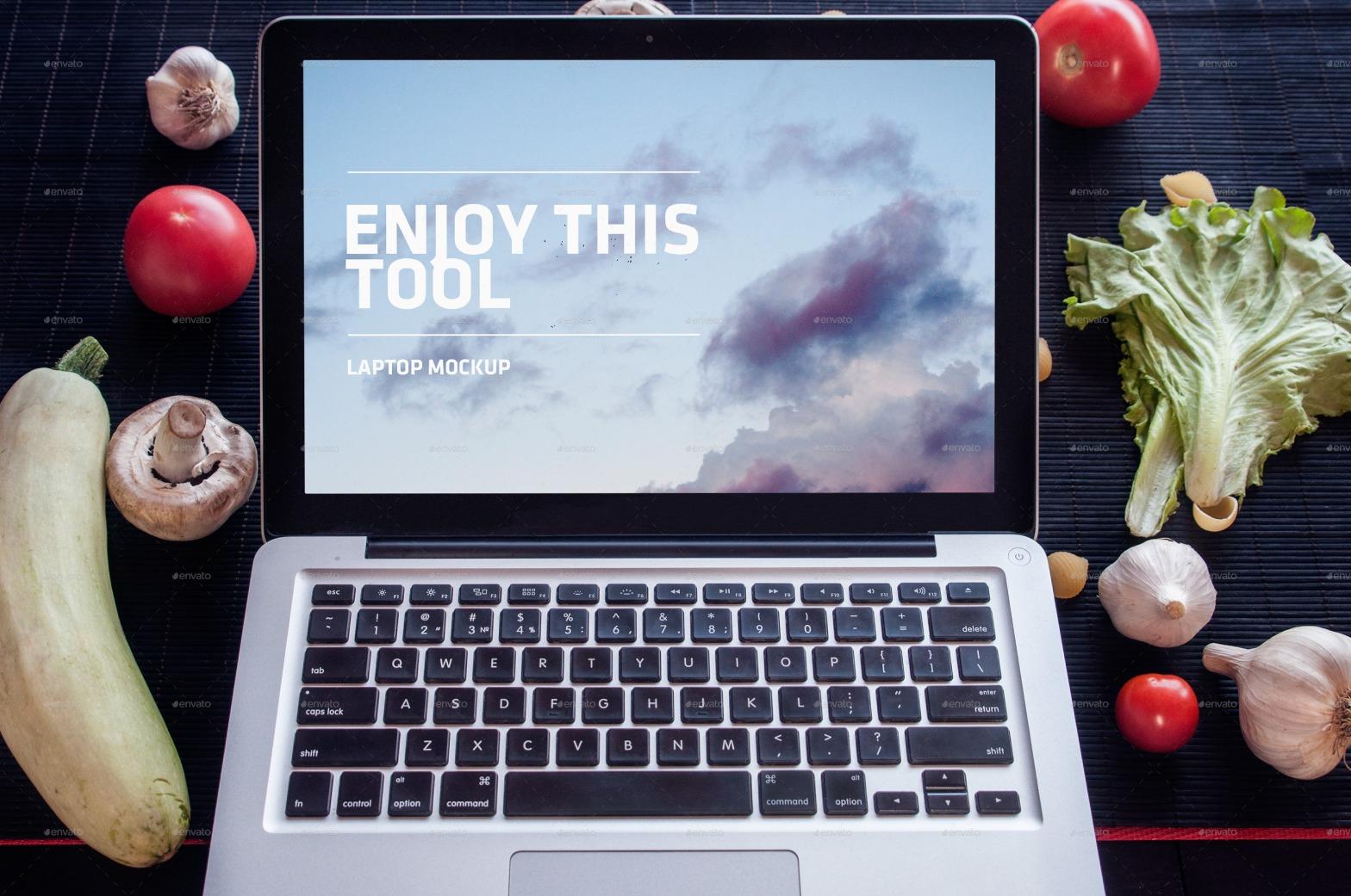 macbook-pro-in-kitchen-receipe