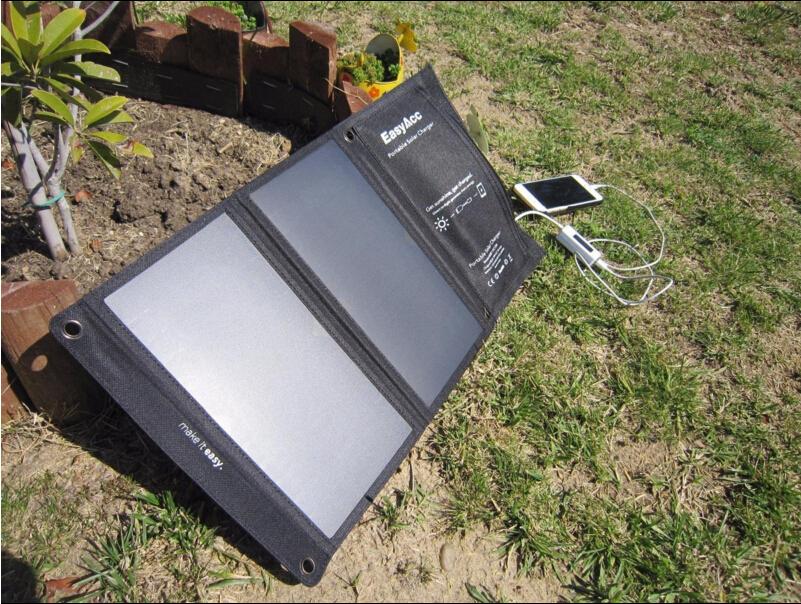 EasyAcc 15w high efficiency portable solar panel