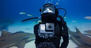 is-dji-osmo-pocket-waterproof-how-to-bring-it-underwater-gopro-hero-7-black