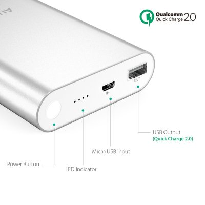 Quick-Charge-Power-Bank-02