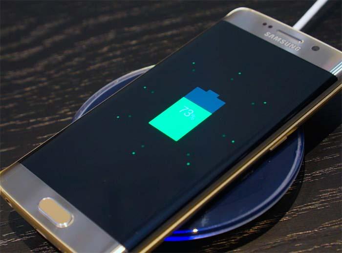 Galaxy-S7-Edge-charging