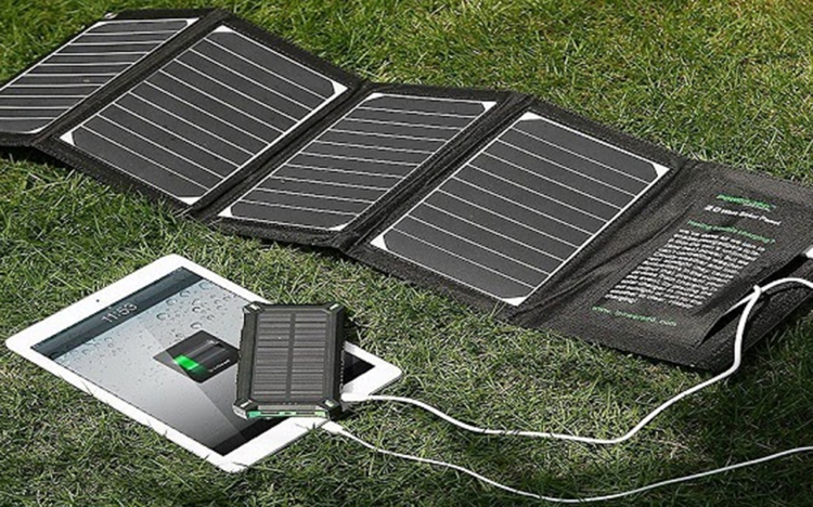 Top 5 best Solar Chargers: PowerAdd Solar Charger