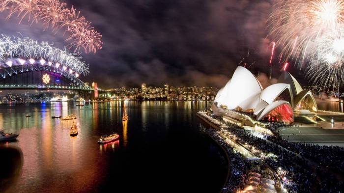 best_places_for_christmas_holiday:sydney_australia