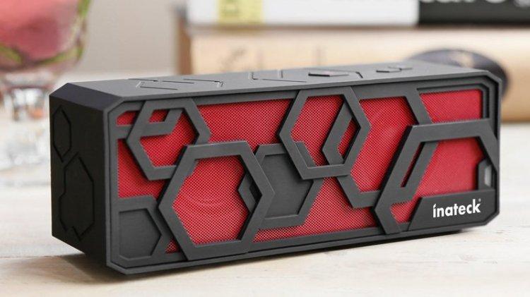 Best Bluetooth Speaker For iPhone:Inateck Bluetooth Speaker