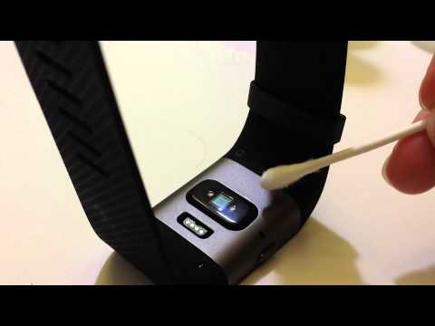 why-is-my-fitbit-not-charging-clean-fitbit-tracker-with-swab