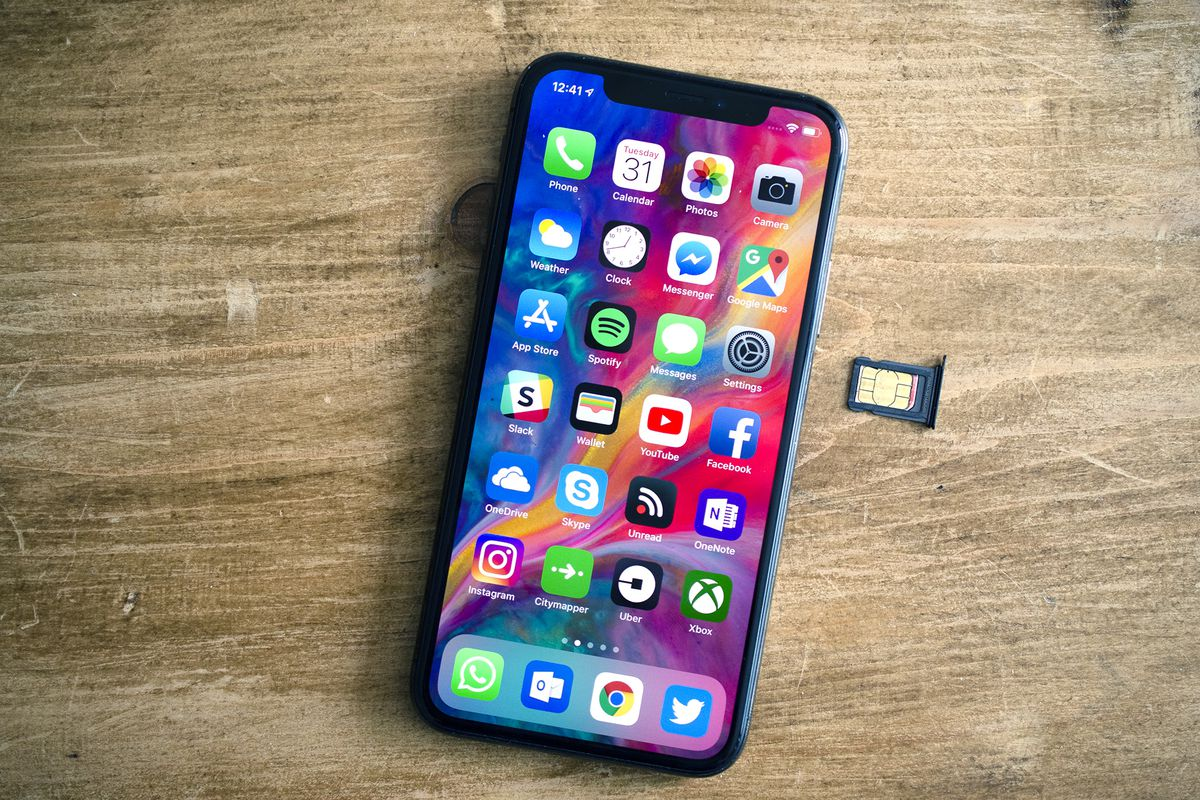 Does-iPhone Xs-Support-Dual-SIM-1