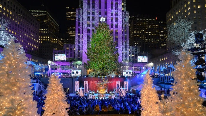 best_places_for_christmas_holiday:new_york