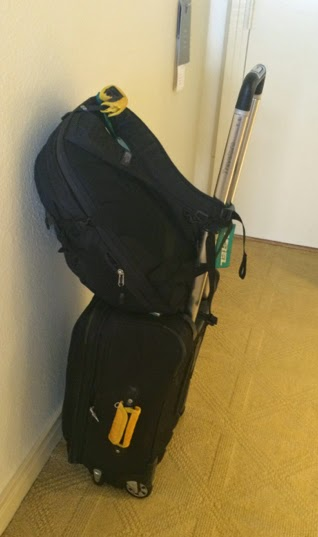 Computer Bag Packaging for Travel: Luggagesetup 1