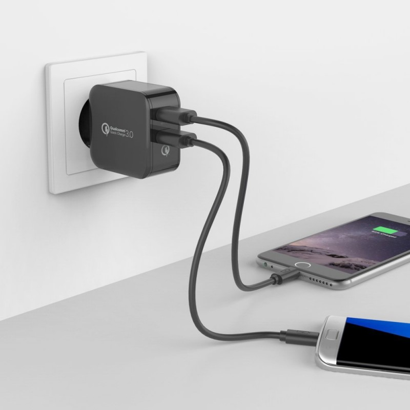 easyacc_30w_2-port_with_qc3.0_wall_charger
