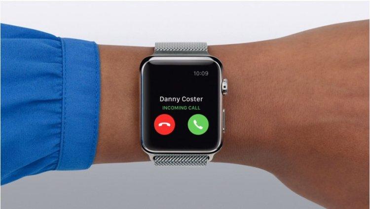 Apple-Watch-incoming-call
