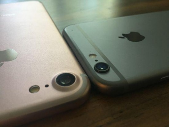 where_is_the_exact_difference_between_iphone_6s_and_iphone_7_camera