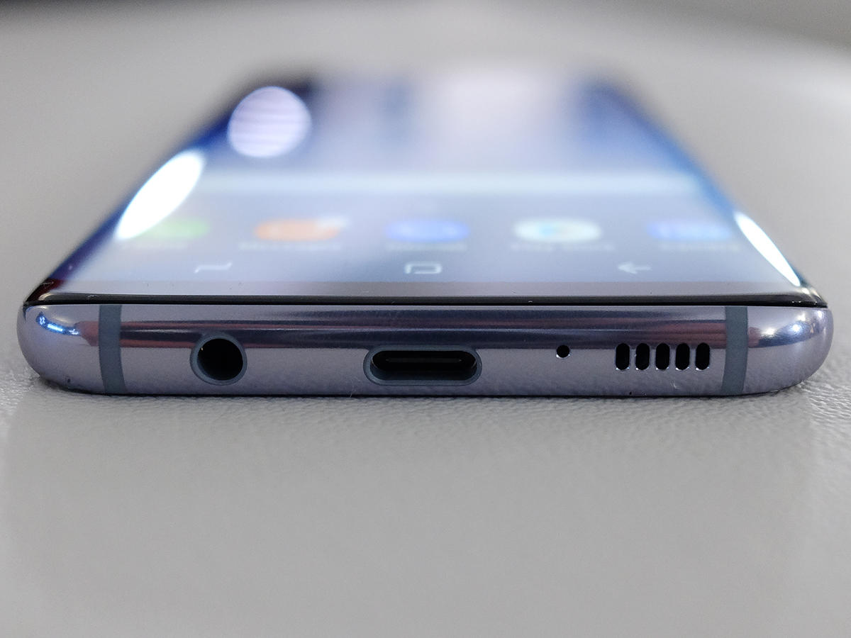 samsung_galaxy_s8_usb-c_headphone_jack