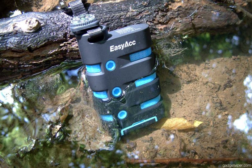 Outdoor all-weather 9000mAh Power Bank