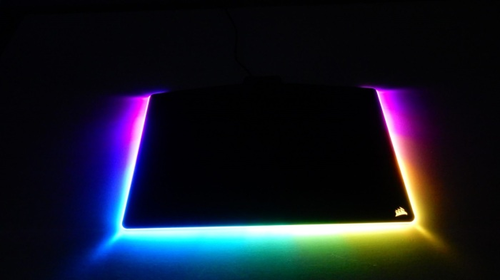 diy_glowing_mouse_pad