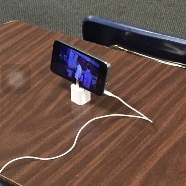 How to Use iPhone Charger Unconventionally 6