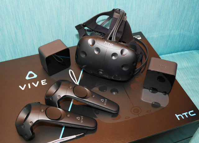 best-vr-headsets-for-pc-of-2016-HTC-VIVE-Virtual-Reality-System