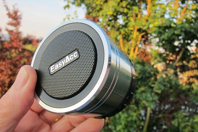 Best Bluetooth Speaker For iPhone:EasyAcc Bluetooth Speaker