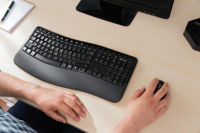 Microsoft Wireless Ergonomic Mac Keyboard