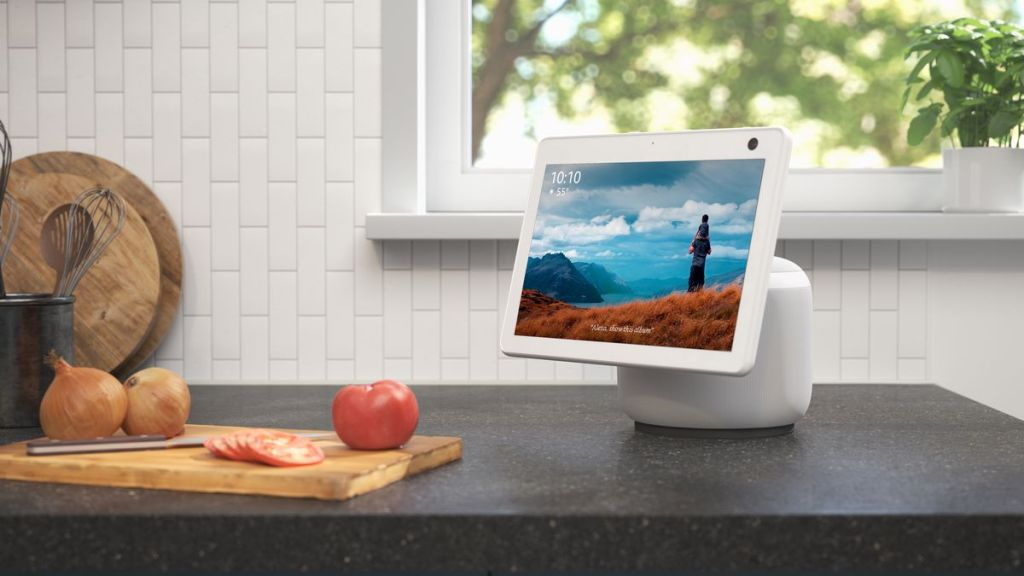 can-amazon-echo-show-10-connect-to-zoom-kitchen